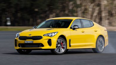 Photo of Kia Stinger достојно се спротистави на Holden Commodore SS-V Redline