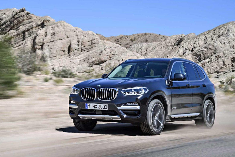 Електричниот BMW X3 станува iX3