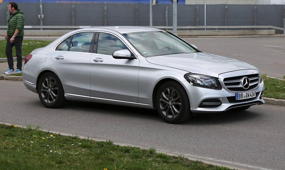 Три нови мотори за обновената Mercedes Benz C класа