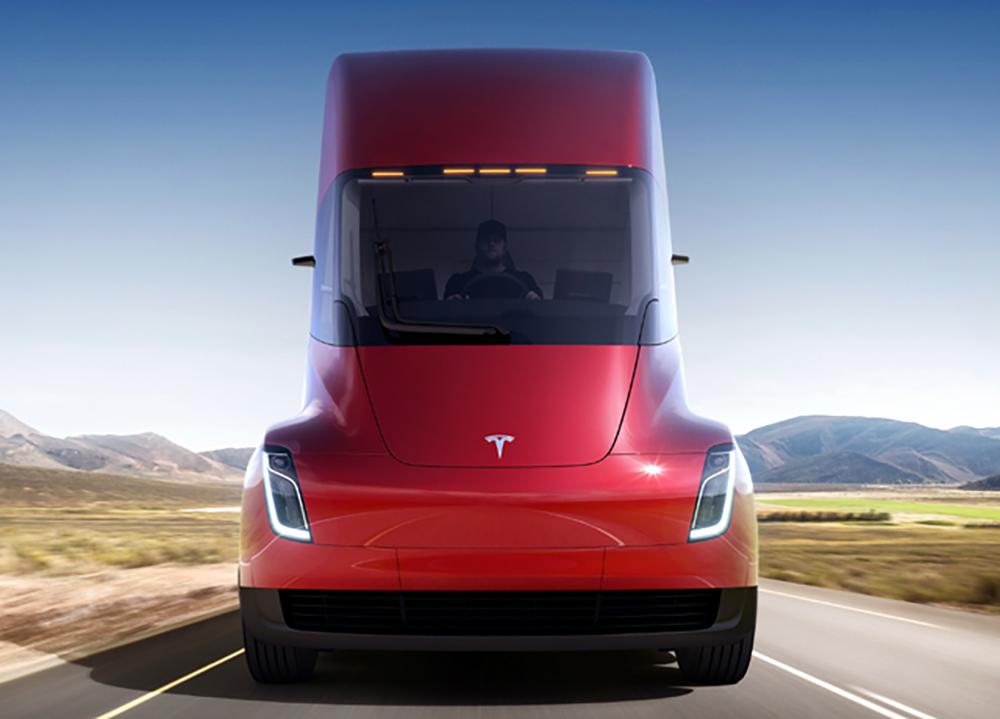 Tesla Semi  800 km со едно полнење и  за 5 секунди до  стотка