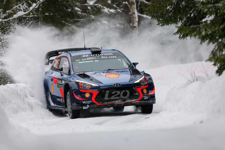 Невил е новиот WRC лидер по релито во Шведска