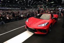 Photo of Првиот Chevrolet Corvette Stingray продаден за 3 милиони долари