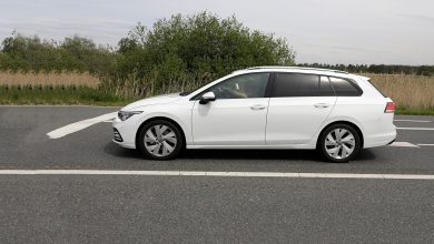 Photo of Volkswagen Golf во караванска верзија уловен на шпиунски фотки