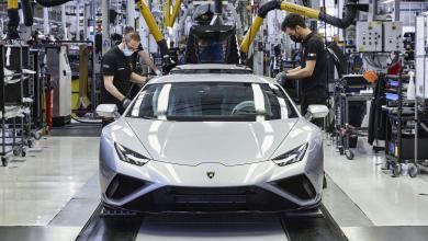 Photo of Викенд тарифа: Како Lamborghini Huracan Evo доаѓа во живот
