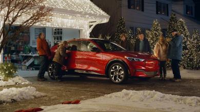 Photo of Викенд тарифа: Ford Mustang Mach-E со главна улога во Christmas Vacation
