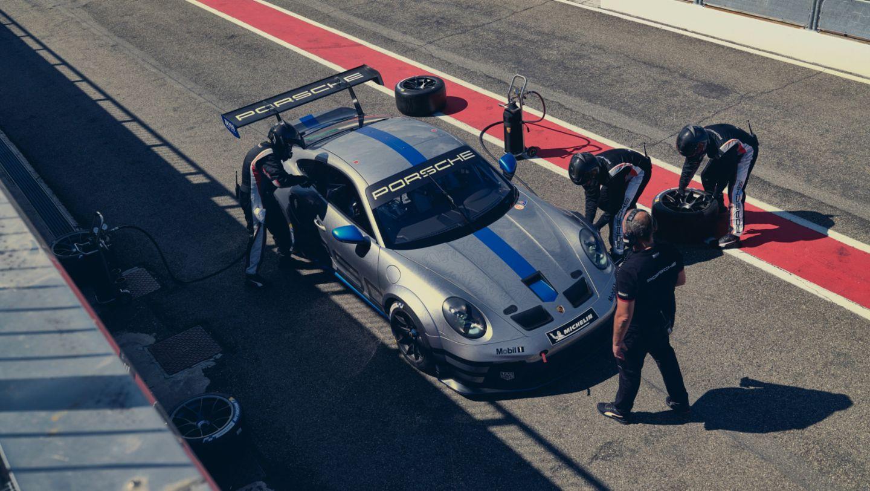 Porsche представил новый 911 GT3 Cup